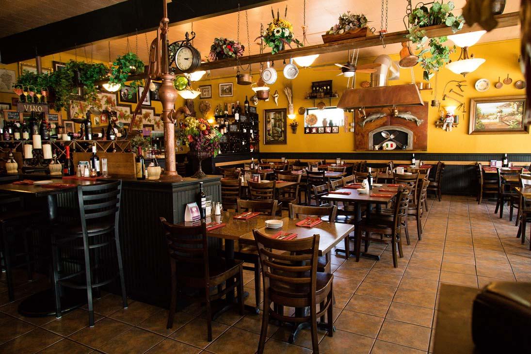 002 restaurant jpgItalian Restaurant   Gig Harbor  WA   Il Lucano Ristorante. Gig Harbor Restaurant Guide. Home Design Ideas
