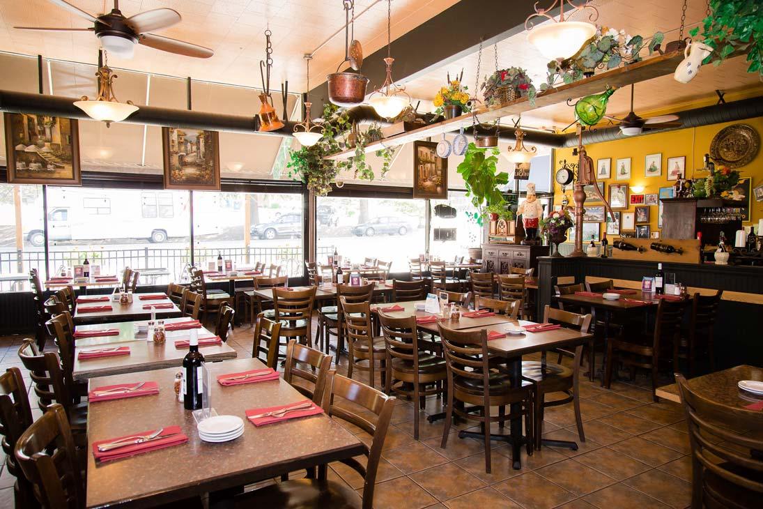 003 restaurant jpgItalian Restaurant   Gig Harbor  WA   Il Lucano Ristorante. Gig Harbor Restaurant Guide. Home Design Ideas